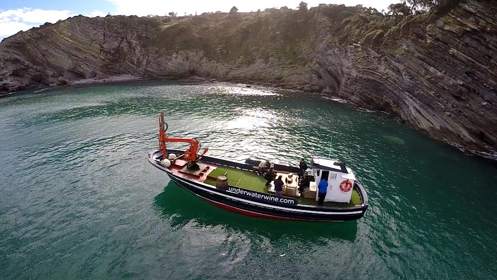 Barco Crusoe Treasure