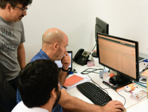 Equipo Magento Init Services